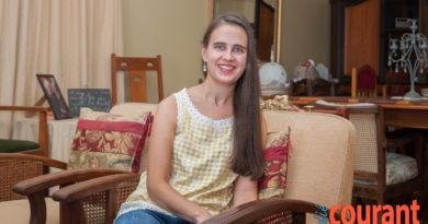 Dr. Elna Dürr onder graduandi op US virtuele plegtigheid